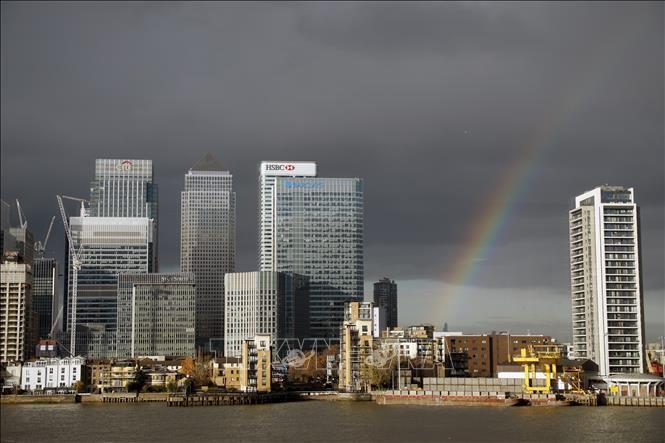 Inggris menegaskan tidak menghapuskan ketentuan-ketentuan mengawasi keuangan yang sekarang sedang berlaku pasca Brexit - ảnh 1