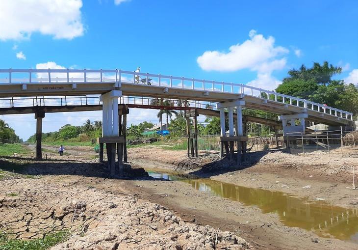 Kekeringan merusakkan Ujung Ca Mau - ảnh 13