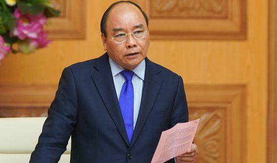 PM Nguyen Xuan Phuc meminta supaya menjamin pangan yang berlimpah-limpah untuk 100 juta warga  - ảnh 1