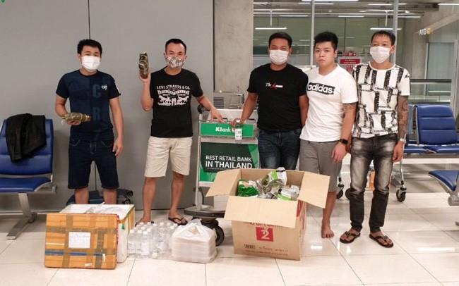 Kedubes Vietnam di Thailand membantu 5 warga negara Vietnam yang terjebak di Thailand - ảnh 1