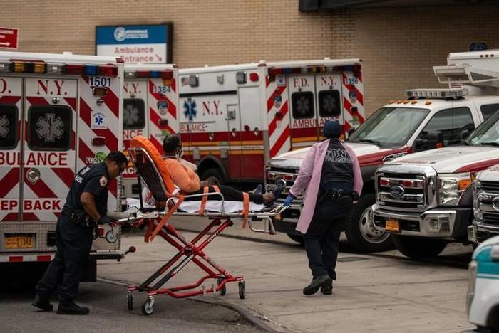 Untuk pertama kalinya kelima-puluh negara bagian di AS mengumumkan situasi bencana - ảnh 1