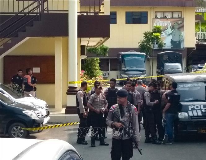 Indonesi menyabot intrik serangan  dengan bom terhadap Masjid Islam - ảnh 1