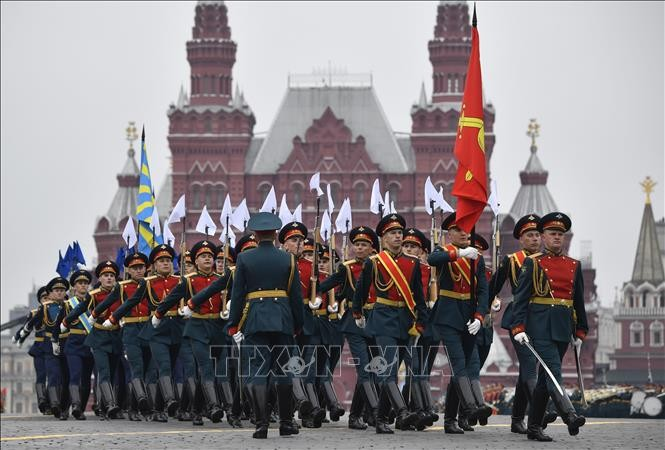 Federasi Rusia mengadakan serentetan kegiatan yang bermakna sehubungan dengan Hari Kemenangan atas Fasisme (9/5) - ảnh 1