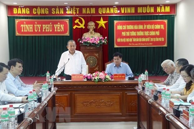Deputi Harian PM Vietnam, Truong Hoa Binh melakukan rapat kerja di Provinsi Phu Yen - ảnh 1