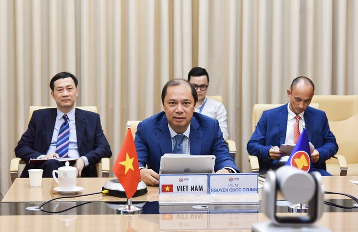 ASEAN 2020: Mendorong kerjasama sesuai dengan target membangun ASEAN yang kohesif dan responsif - ảnh 1