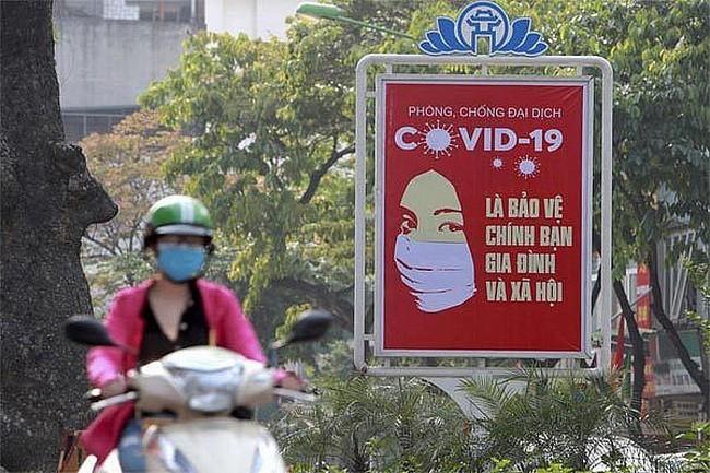 Vietnam menjadi negara pelopor tentang kemampuan menghadapi wabah Covid-19 di dunia - ảnh 1