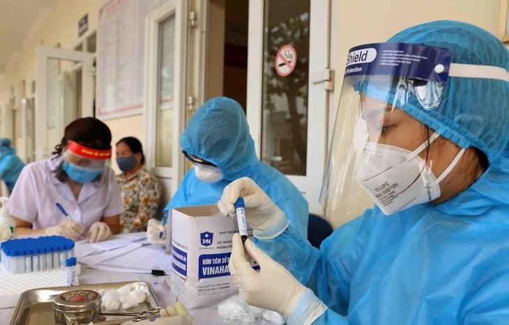Vietnam tidak mencatat kasus positif Covid-19 di masyarakat dalam waktu 74 hari terakhir - ảnh 1