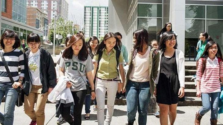 Kedubes Vietnam berupaya menjamin kepentingan yang sah dari para pelajar Vietnam di AS - ảnh 1