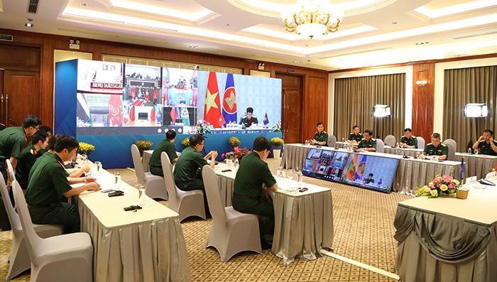 Konferensi Panglima Angkatan Darat ASEAN tentang kerjasama pencegahan dan pemberantasan Covid-19 - ảnh 1