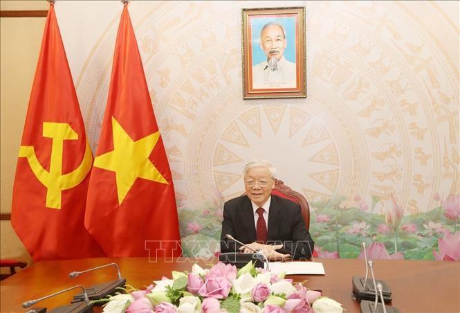 Pemimpin Vietnam – AS saling mengirim tilgram ucapan selamat sehubungan dengan peringatan ultah ke-25 penggalangan hubungan diplomatik - ảnh 1