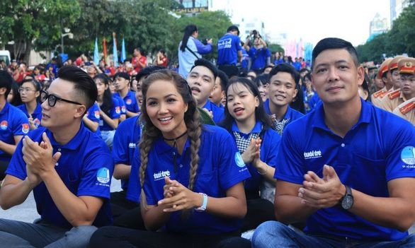 Resmi menggerakkan musim panas sukarela 2020 di Kota Ho Chi Minh - ảnh 1