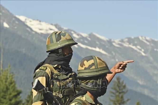 Pejabat pertahanan India-Tiongkok melakukan putaran perundingan ke-4 di perbatasan - ảnh 1