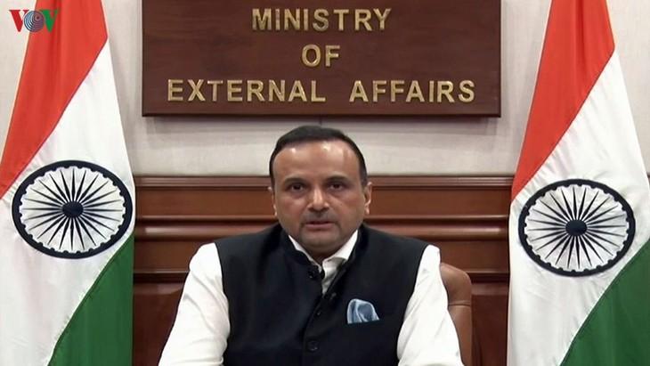 India mendukung kebebasan pelayaran dan penerbangan di Laut Timur - ảnh 1