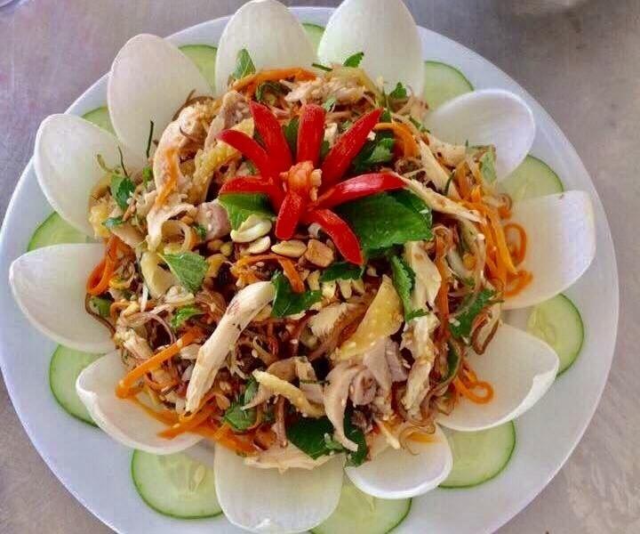Perkenalan sepintas resep makanan salad bunga pisang daging ayam - ảnh 2