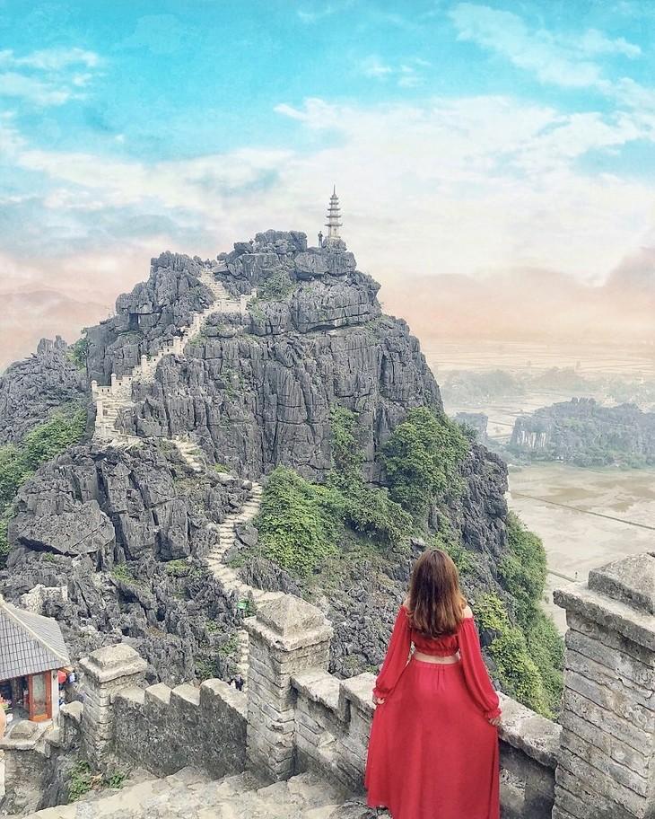 """Perkenalan sepintas tentang """"Gua Mua"""" di Provinsi Ninh Binh - ảnh 2"""