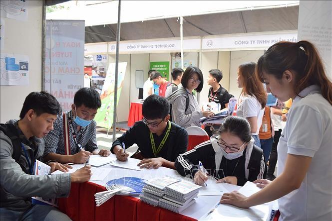 Kota Ho Chi Minh: Sekitar 70.000 Posisi Kerja Tunggu Pekerja pada Triwulan II 2021 - ảnh 1