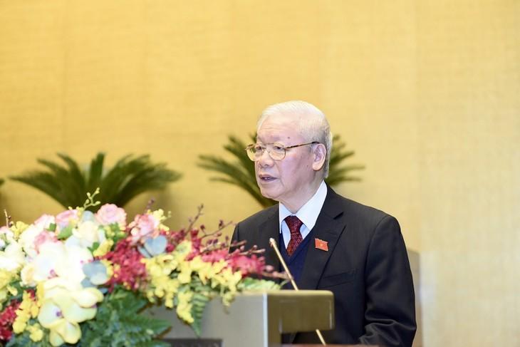 Masa Bakti 2016-2021: Presiden Negara telah Lakukan Banyak Kegiatan Hubungan Luar Negeri untuk Tingkatkan Posisi dan Prestise Vietnam - ảnh 1