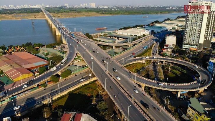 WB: Investor Asing terus Pertahankan Kepercayaan terhadap Ekonomi Vietnam - ảnh 1