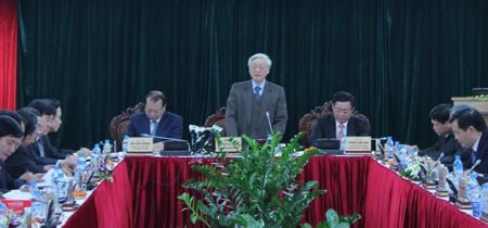 KPV-Generalsekretär Nguyen Phu Trong betont die Rolle der Wirtschaftsabteilung des KPV-Zentralkomite - ảnh 1