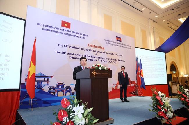 Intensivierung der traditionellen Freundschaft zwischen Vietnam und Kambodscha - ảnh 1