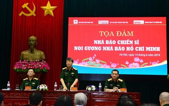"""Seminar """"Journalisten der Armee lernen nach Vorbild des Journalisten Ho Chi Minh"""" - ảnh 1"""