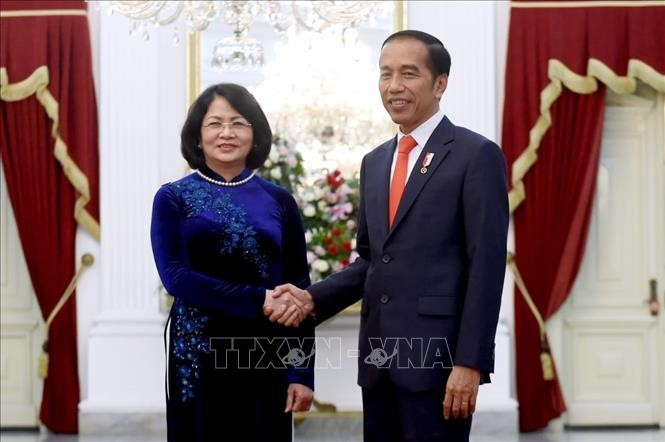 Vize-Staatspräsidentin Dang Thi Ngoc Thinh nimmt an der Vereidigungszeremonie des indonesischen Präsidenten teil - ảnh 1