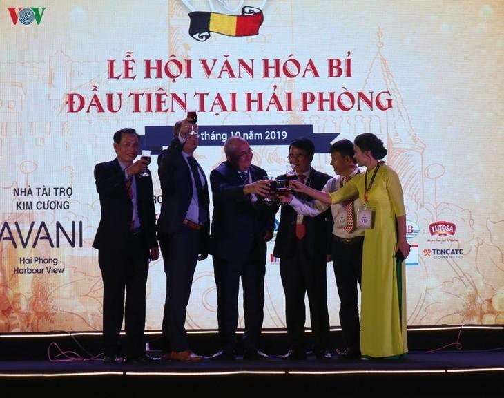 Eröffnung des Festivals zum Kultur- und Wirtschaftsaustausch zwischen Vietnam und Belgien 2019 - ảnh 1