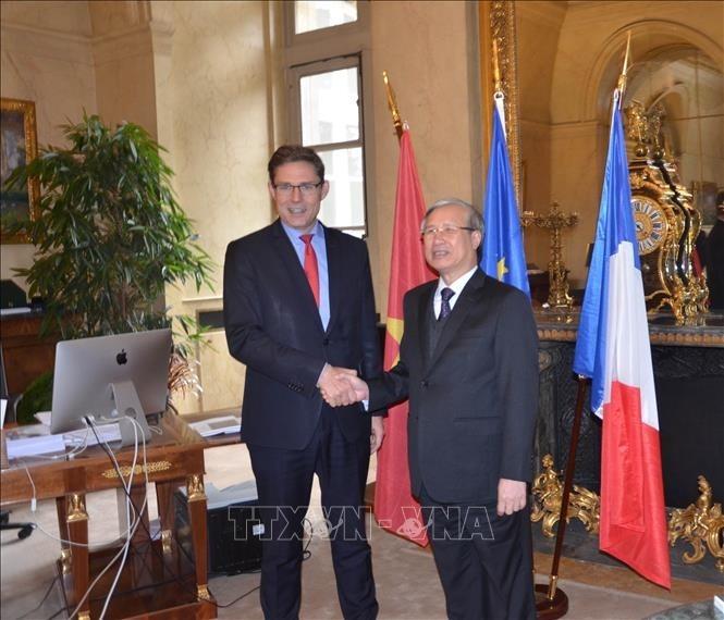 Delegation der KPV besucht Frankreich - ảnh 1