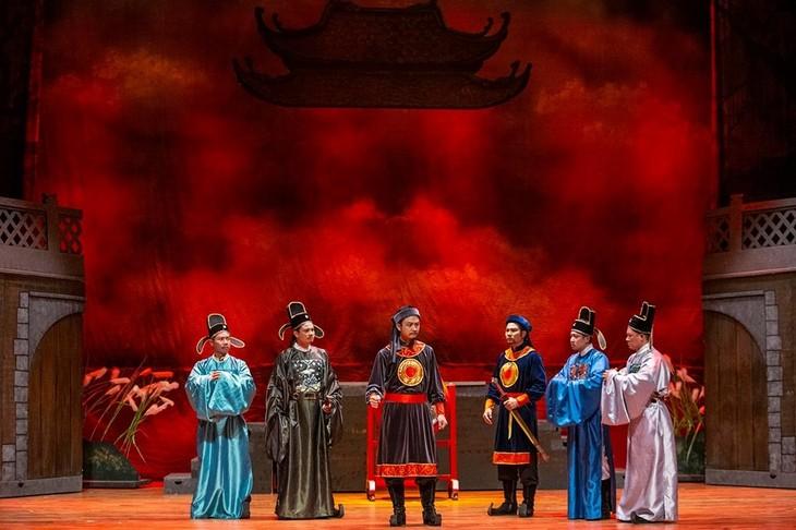 Das vietnamesische Theater spielt das erste Stück nach der Covid-19-Epidemie - ảnh 1