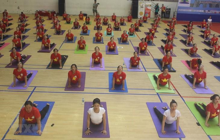 Nationales Yoga-Festival 2020 – Reise ins Gebiet des Kulturerbes Thanh Hoa - ảnh 1