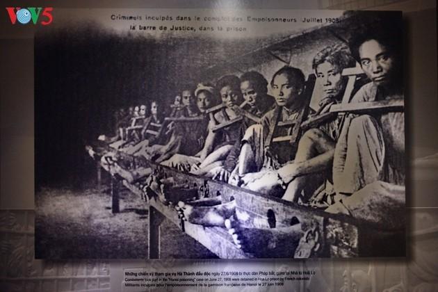 Besuch in der Gedenkstätte des Hoa Lo-Gefängnisses - ảnh 1