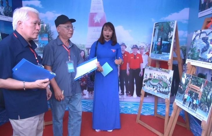 Fotoausstellung über die Souveränität und die nachhaltige Entwicklung des Meeres und der Inseln - ảnh 1