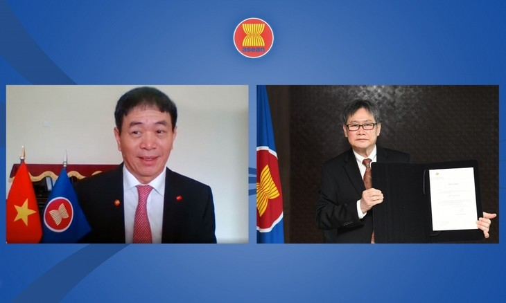 ASEAN-Generalsekretär würdigt Erfolge Vietnams im ASEAN-Präsidentenjahr 2020 - ảnh 1