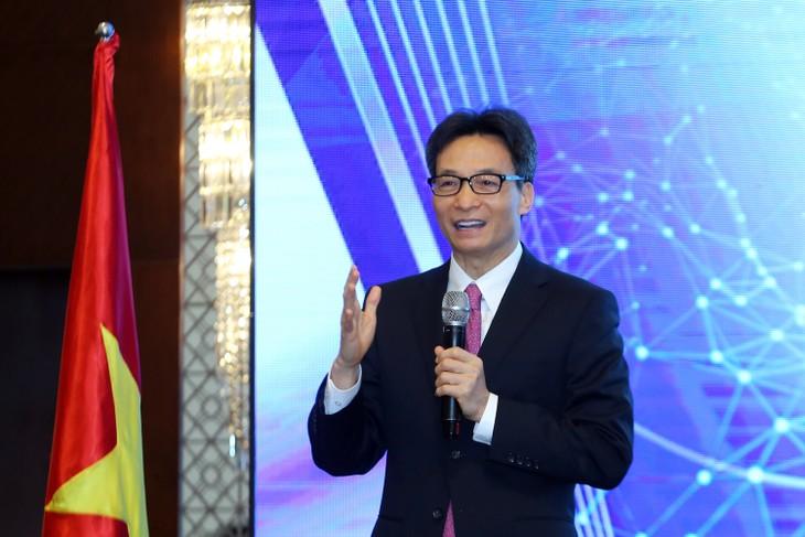 Vize-Premierminister Vu Duc Dam: IT-Gemeinschaft ist Pionier bei der Förderung der digitalen Transformation - ảnh 1