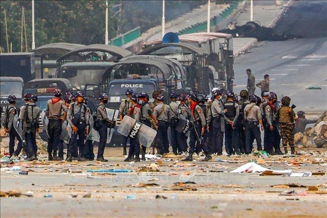 Vietnam ruft internationale Gemeinschaft dazu auf, Myanmar bei der Verhinderung der Gewalttätigkeiten zu helfen - ảnh 1