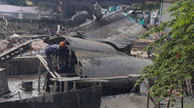 Wrack des Bombers B52 an Gedenkstätte des Huu Tiep-Sees in Hanoi soll geborgen werden - ảnh 1