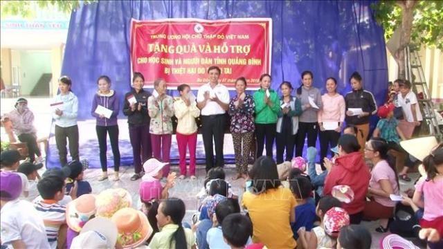 베트남 적십자사, 빈곤층을 위한 150 만 개의 선물을 준비 - ảnh 1