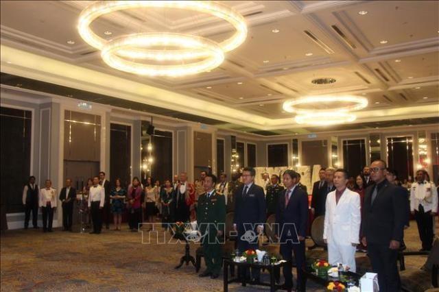 베트남 인민군대 창설 75주년 기념, 여러 나라에서 열려 - ảnh 1