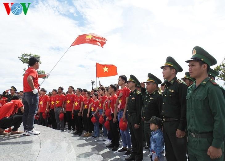 평화 ∙ 우호 ∙ 단결 ∙ 믿음을 상징하는 베트남 ∙ 라오스 ∙ 캄보디아의 국경 표지석 - ảnh 2