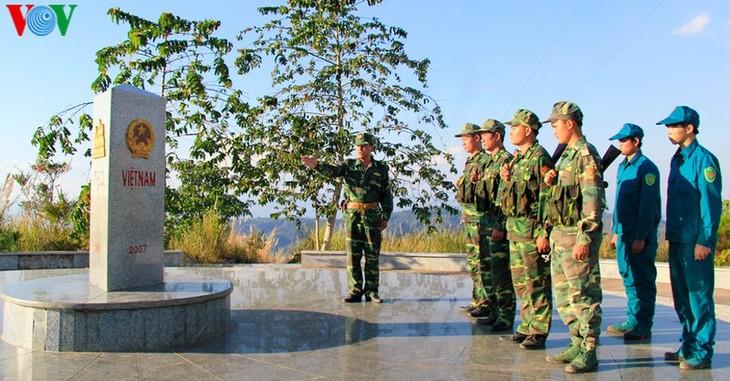 평화 ∙ 우호 ∙ 단결 ∙ 믿음을 상징하는 베트남 ∙ 라오스 ∙ 캄보디아의 국경 표지석 - ảnh 1