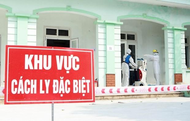 빈쑤엔에서 코로나 19 전염병 예방업무를  수행하고 있는 의료진 - ảnh 1
