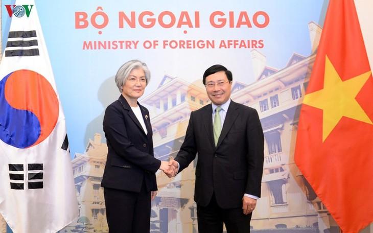 베트남 – 한국, 코로나 19 방역에서 긴밀한 협력에 합의 - ảnh 1