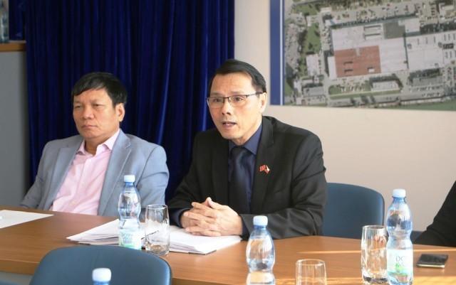 체코 베트남인협회, 코로나19 전염병 발생에 대하여 적절한 대응 촉구 - ảnh 1