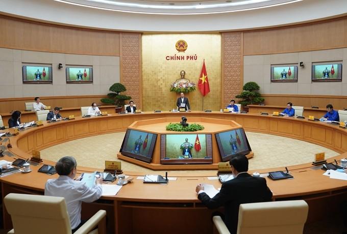 응우옌 쑤언 폭 총리, 청년 코로나19 예방 노력에 적극적 동참 격려 - ảnh 1