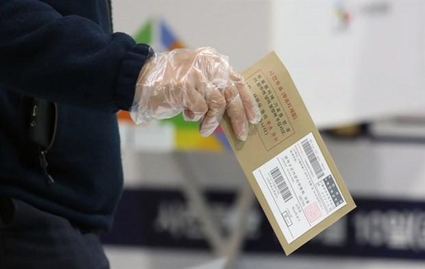 한국, 제21대 국회의원선거 사전투표 시작 - ảnh 1