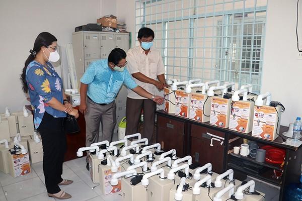 효과적인 방역을 위한 베트남 청년들의  발명품 - ảnh 2