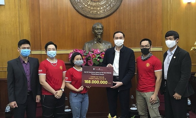 페르노리카 베트남, N95 마스크 1만 장 공급 - ảnh 1