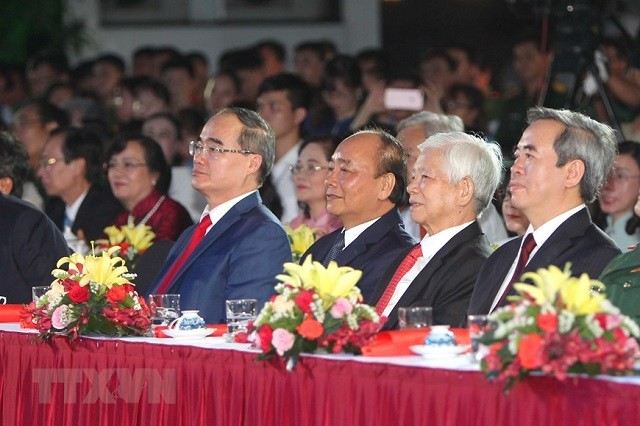 당, 국가 지도자, '베트남의 의지를 빛낸 호찌민 주석' 프로그램 참여 - ảnh 1