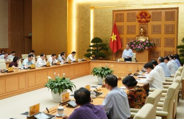 응우옌 쑤언 푹 국무총리, 하반기 6개월 경제에 대하여  4가지 요구사항을 제시 - ảnh 1