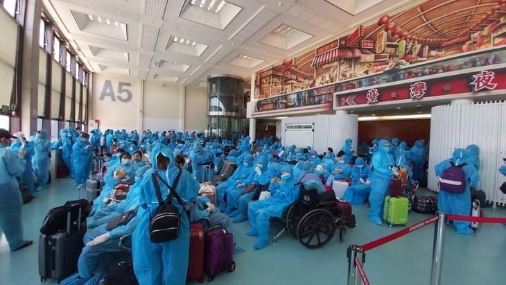 대만 체류 베트남 국민 300명 귀국 지원 - ảnh 1